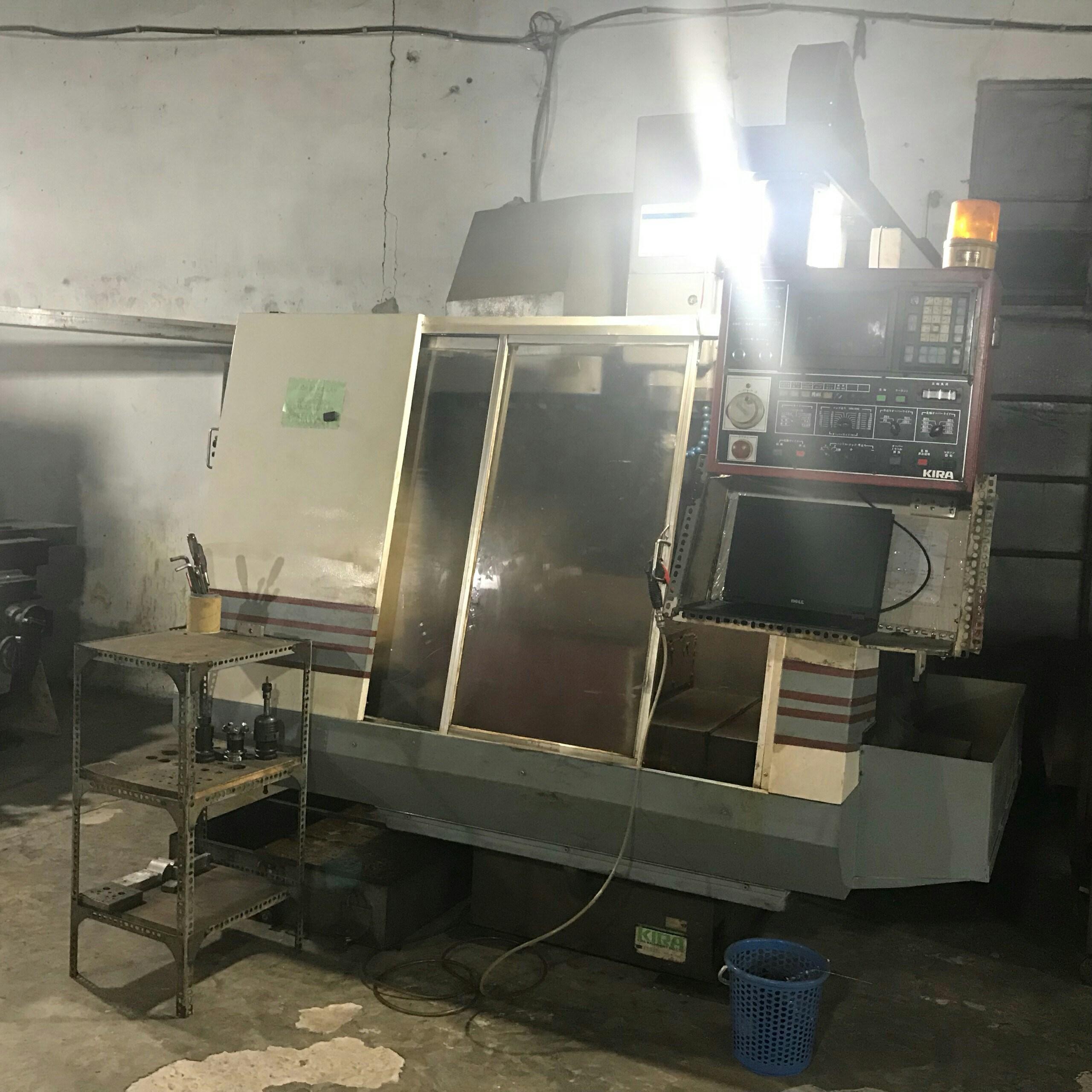 Máy CNC 2